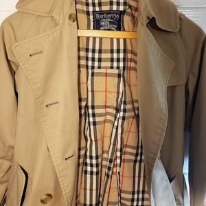 Burberry Jackets & Coats - Womens Burberry London Belted Trench Overcoat SZ6